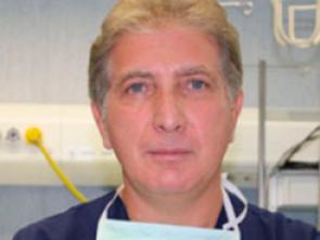 Dr. Giovanni Testa
